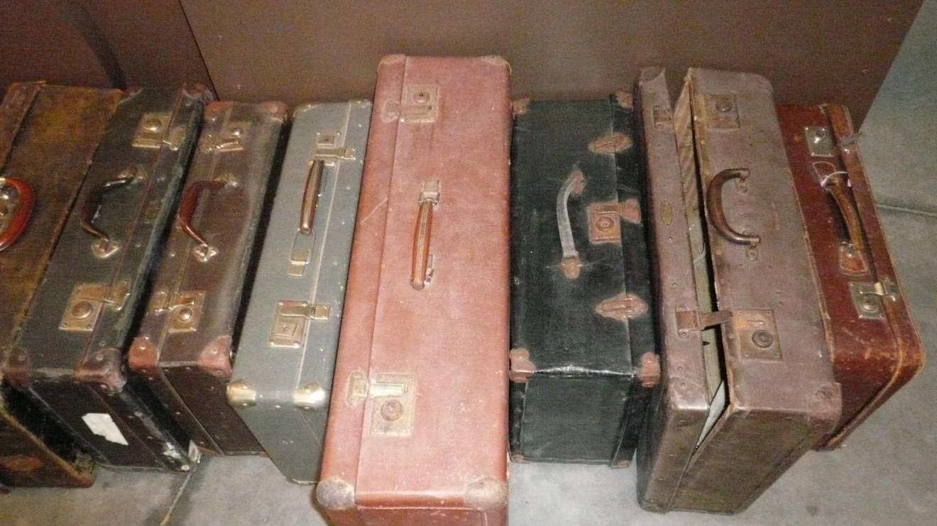 koffer (1320 x 741)